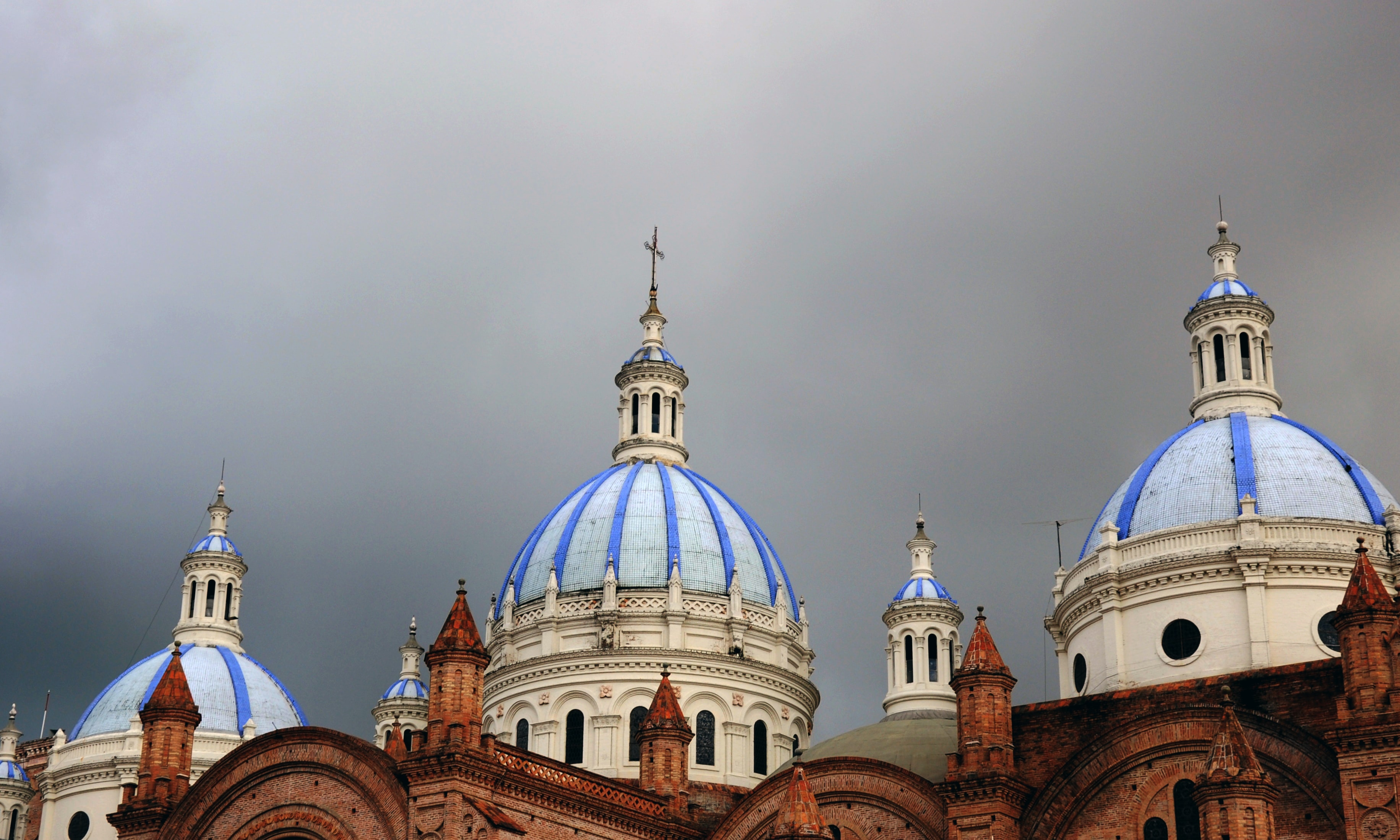 architectural photography of blue and white cathedral