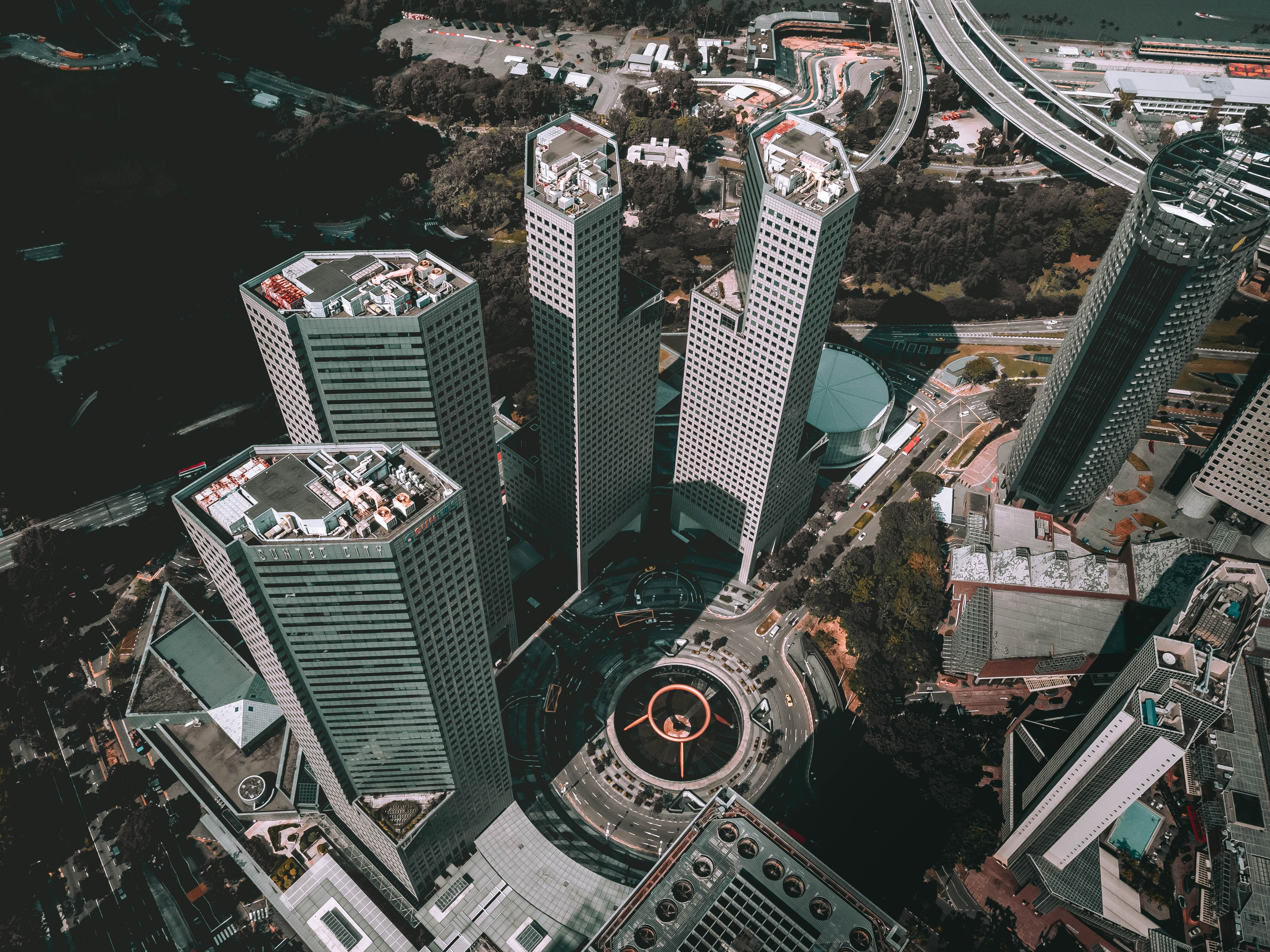 Feng Shui on Suntec City