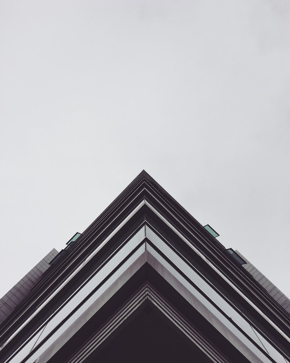 architectural photography of edge of building