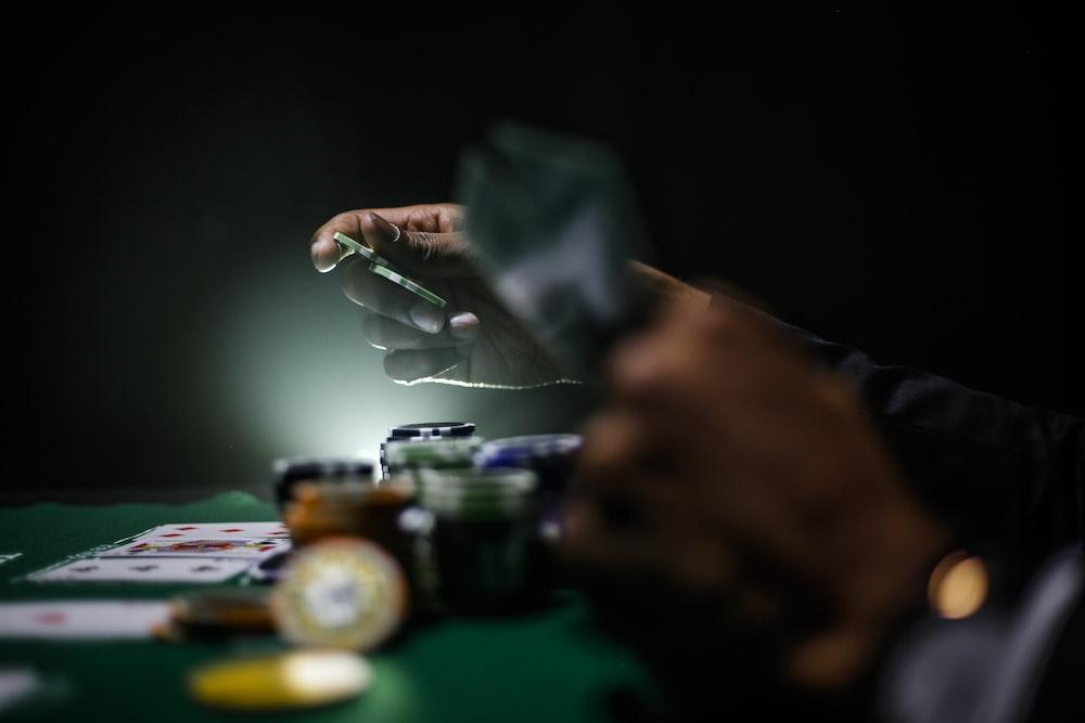 fotografi fokus selektif chip poker