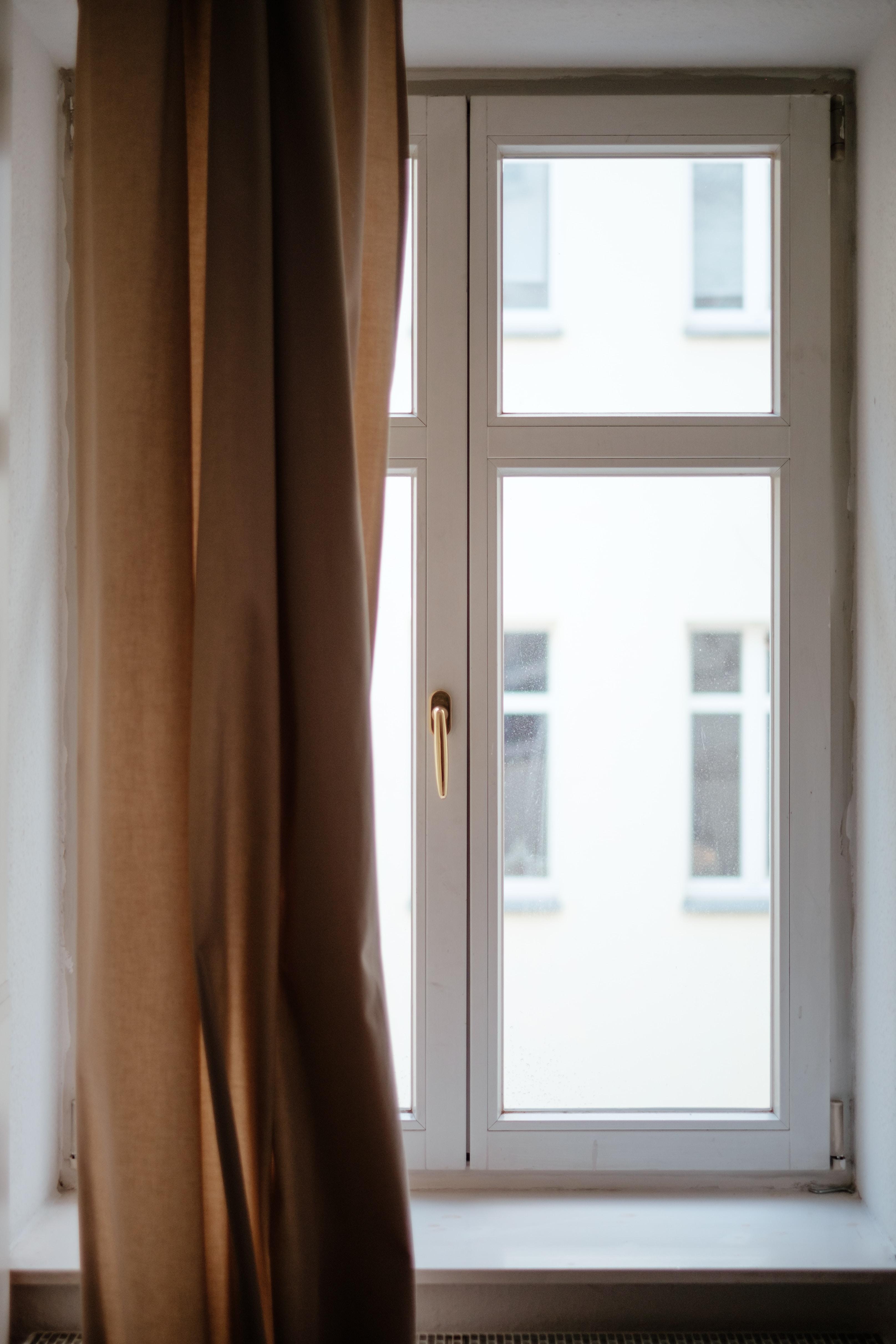 closeup photo of glass window