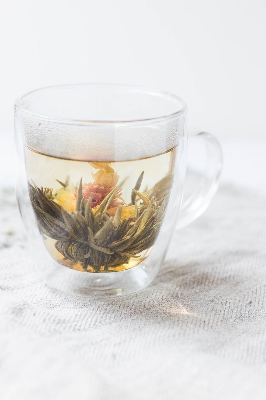 photo of clear glass mug