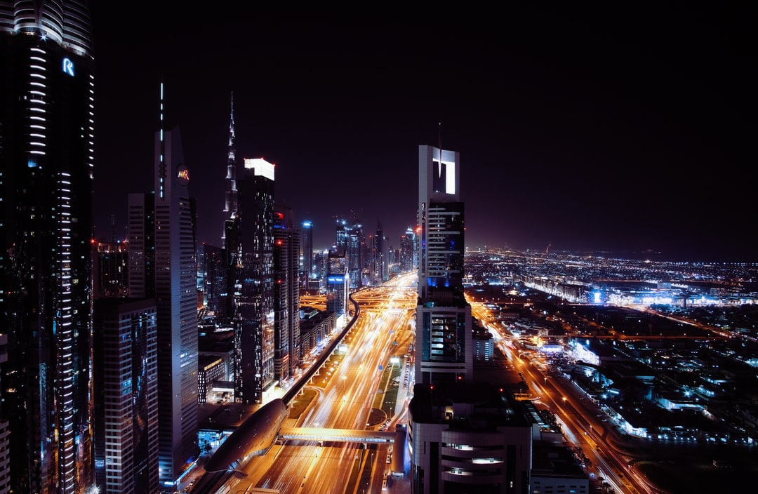 Dubai Night Pictures Download Free Images On Unsplash