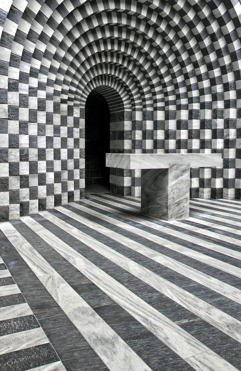 black and gray illusion wall