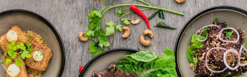 牛角がサブスクを廃止。飲食業界で盛り上がるサブスクをはじめとする運営形態の多様化に迫る。