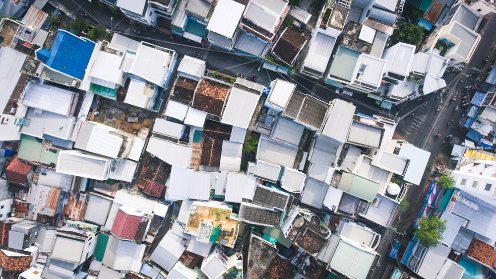 bird's eye photography of house roofs