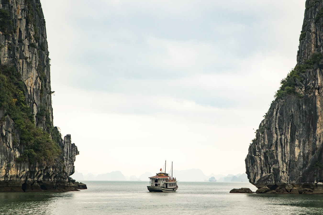 Ha Long Bay | Unsplash.com