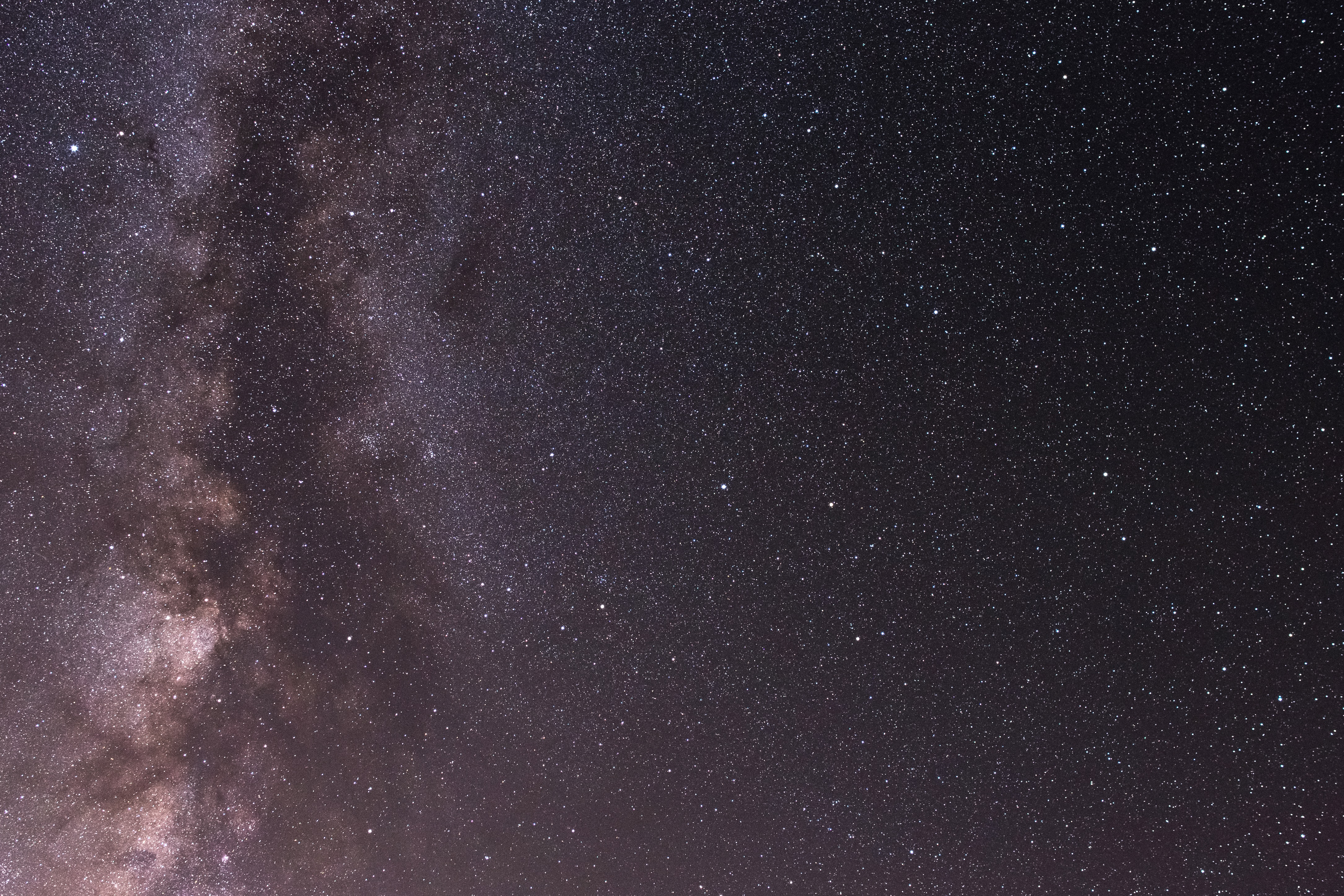 milky way at nighttime