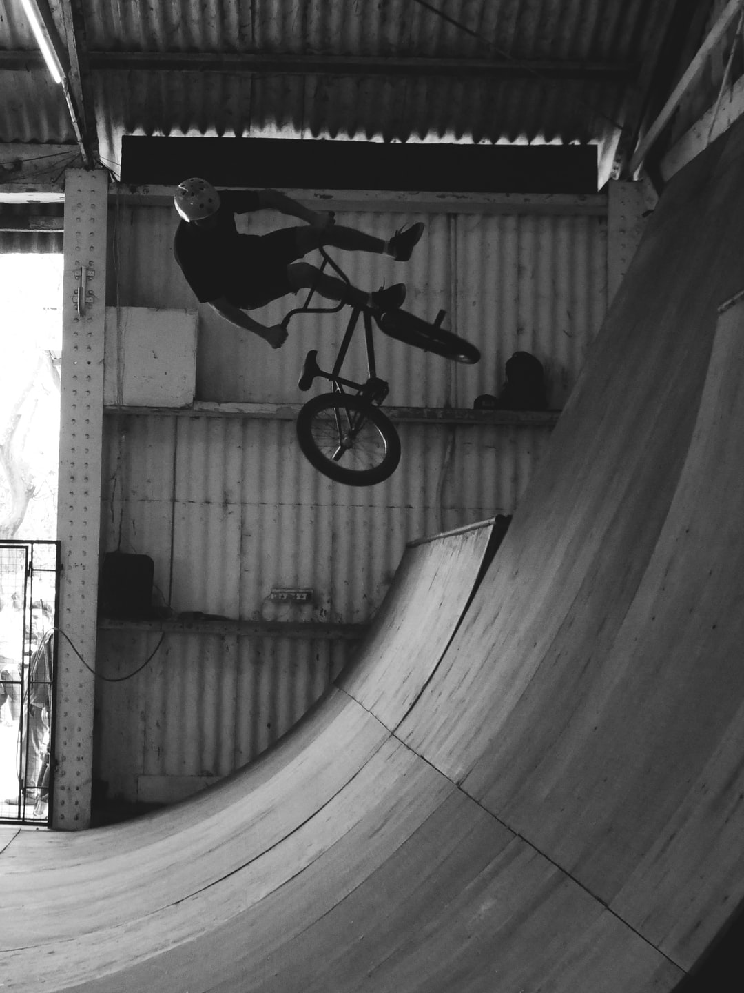 I stop in this skatepark and take some shots like this one…