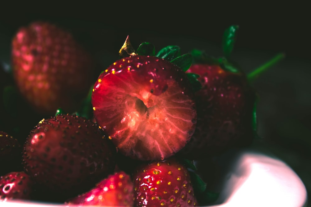 plate of strawberry