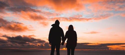 זוגיות קורנת מתוך ממדים של חליפין הדדי: עבודה טיפולית עם זוגות בתקופת הקורונה