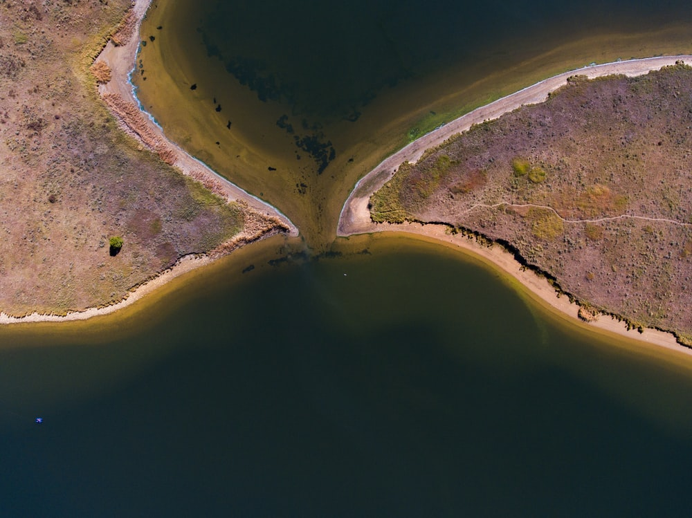 aerial view photography of island on body of water