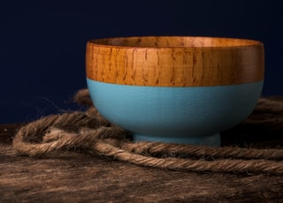 brown and blue ceramic bowl