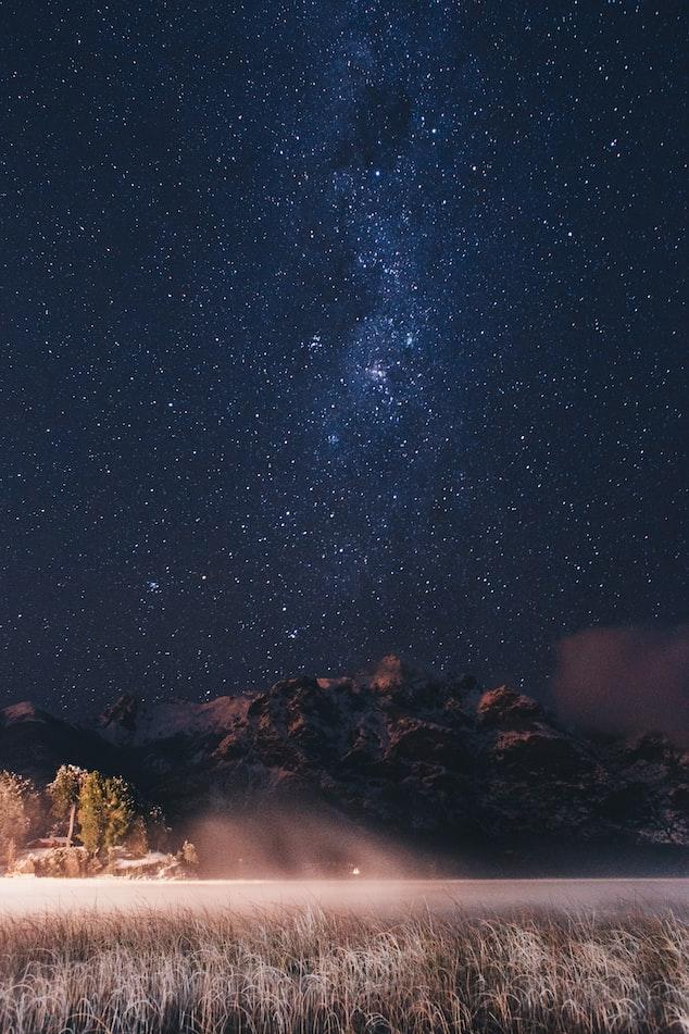Звёздное небо и космос в картинках - Страница 6 Photo-1505322022379-7c3353ee6291?ixlib=rb-1.2