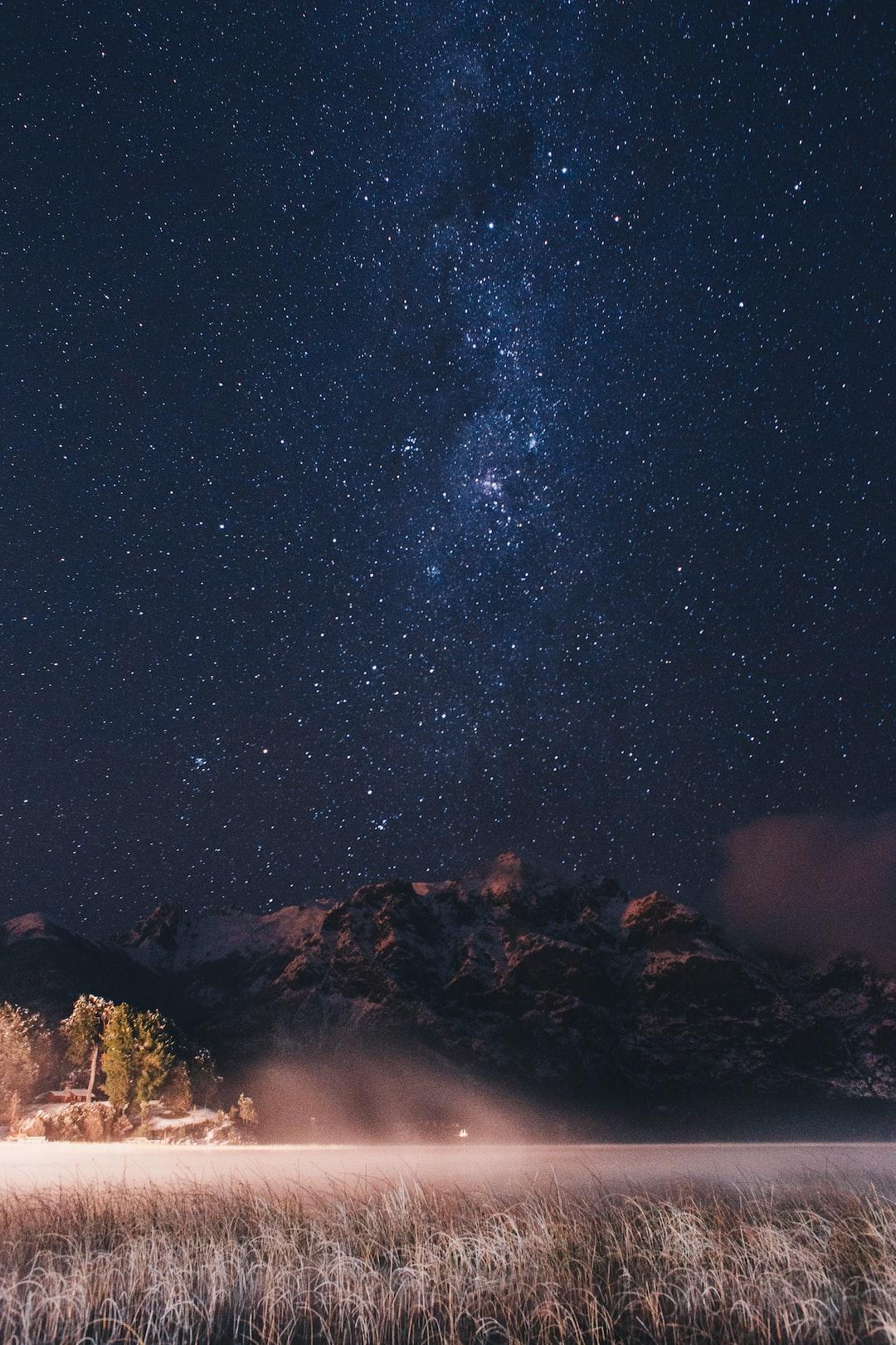 Stars in the patagonian lake