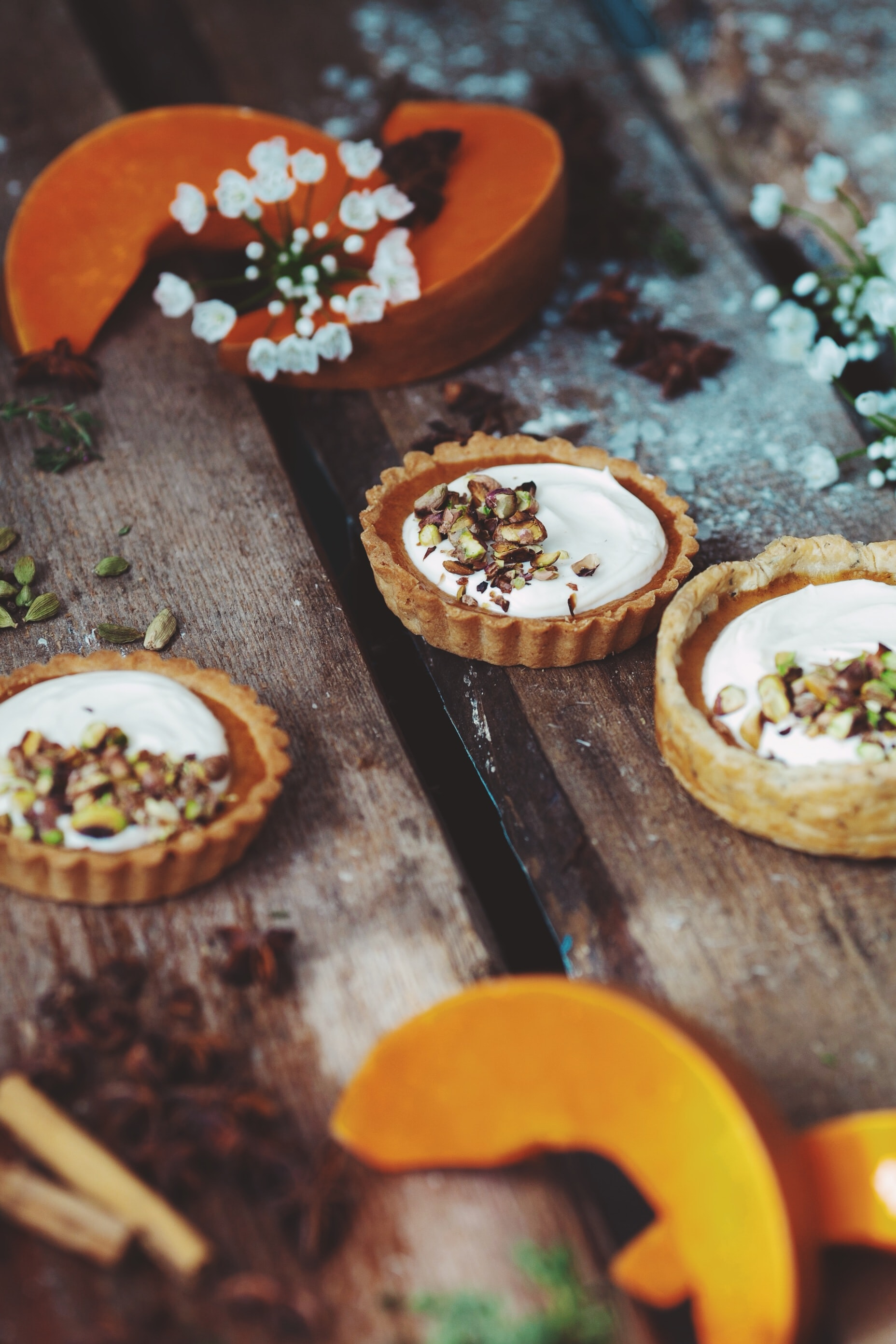 selective focus photography of pumpkin pies