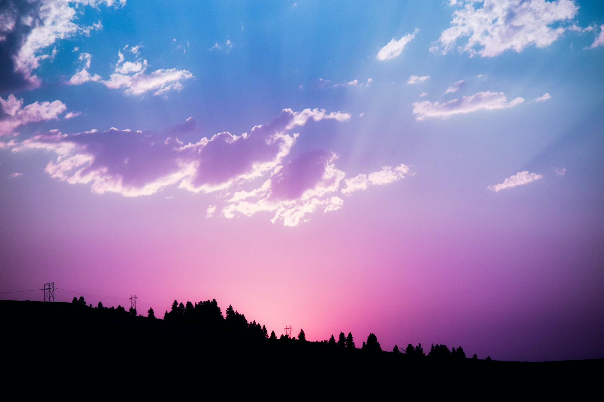 pink and blue cloudy sky