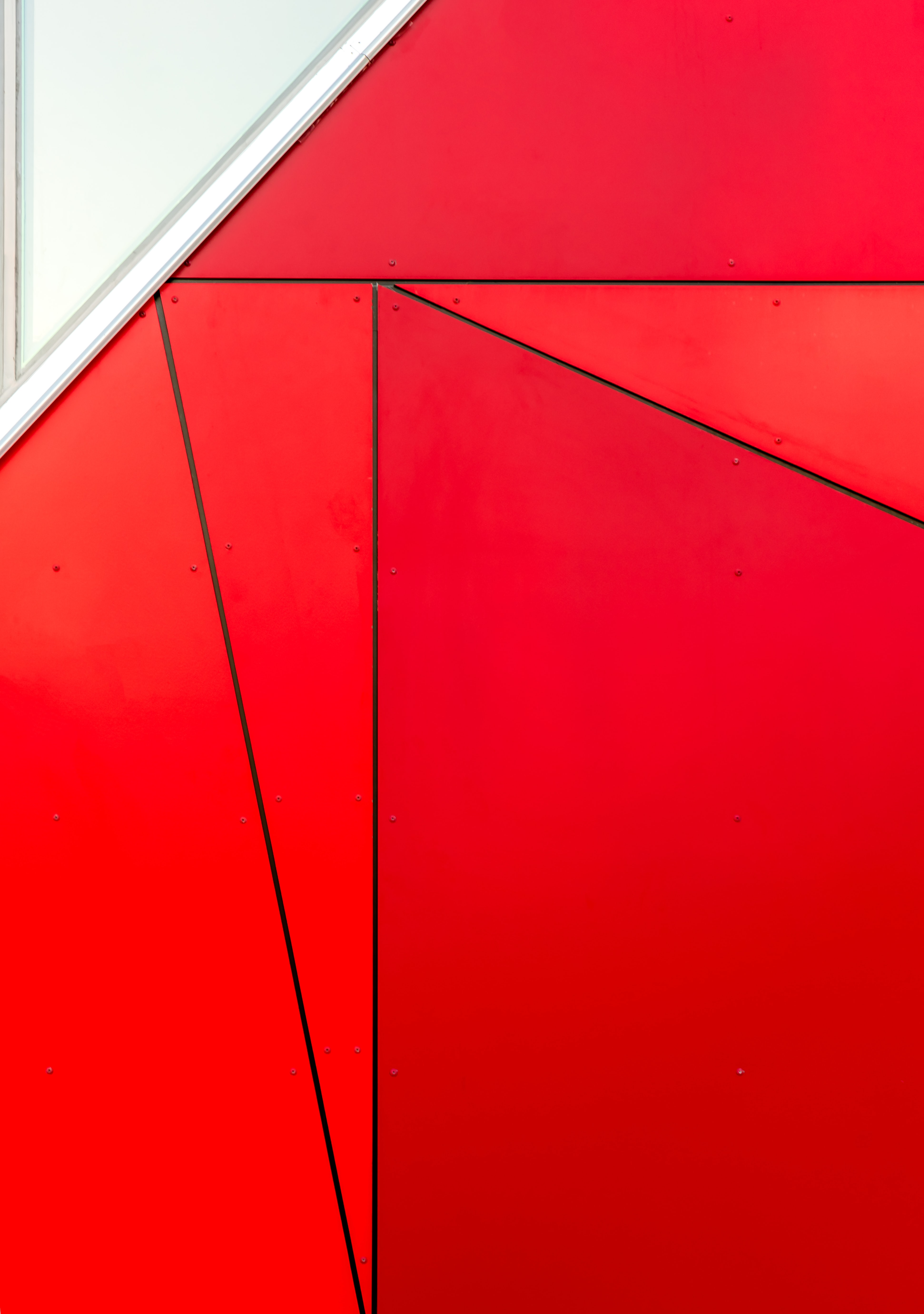 closeup photo of red board