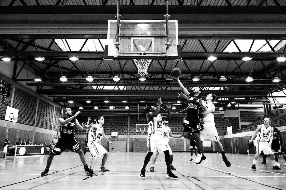 grayscale basketball players