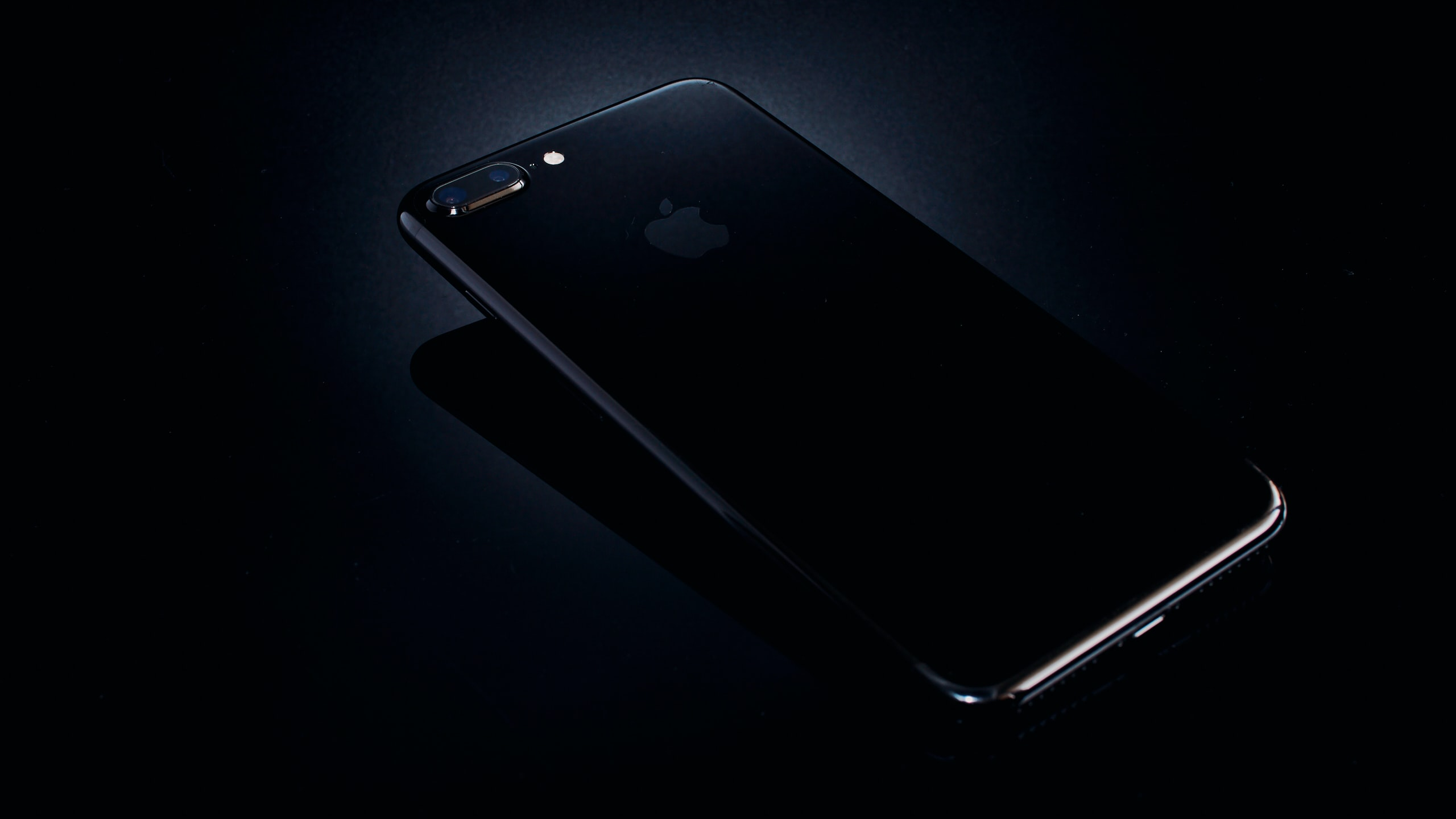 photo of black iPhone 8 Plus