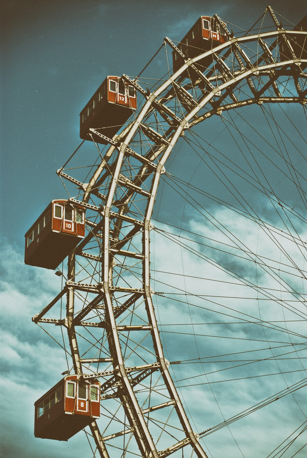 red and white ferris wheel
