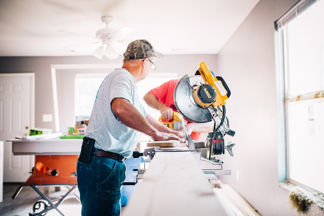 Vacation Rental Maintenance: DIY vs. Hiring A Pro