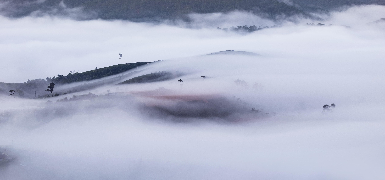 landscape photo of foggy mountain