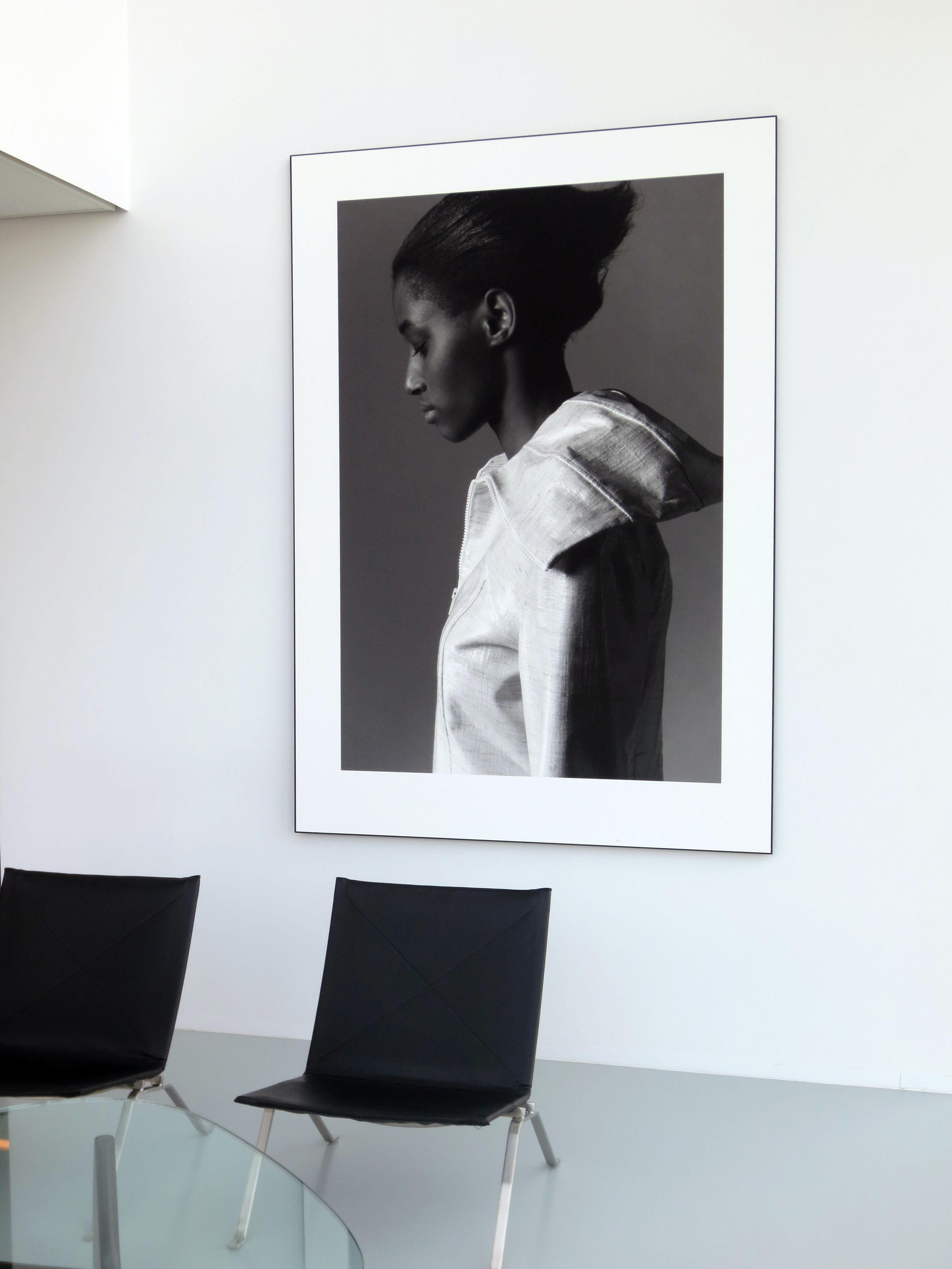 woman wearing white top photo