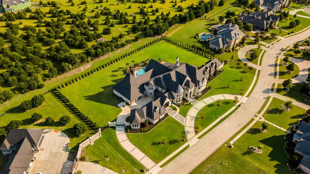 aerial photography of house with green yard