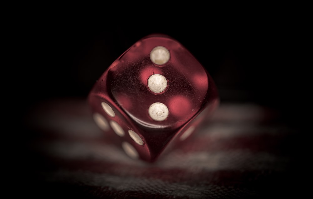 red dice closeup photography