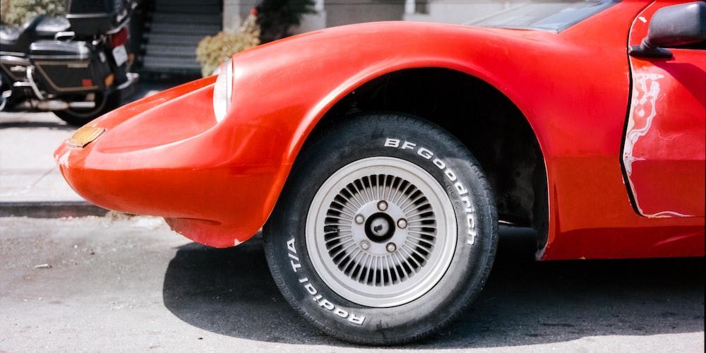 chrome multi-spoke wheel and tire set