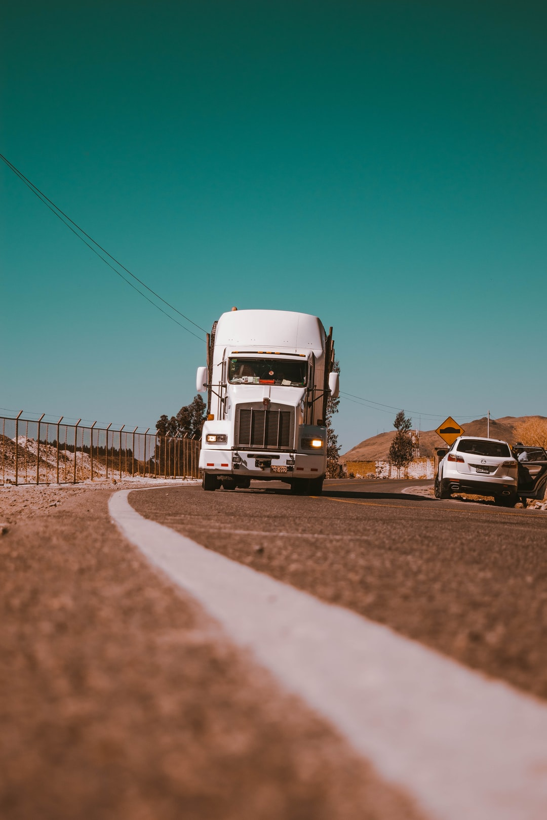 7 Truck Driver Safety Tips for the Open Road