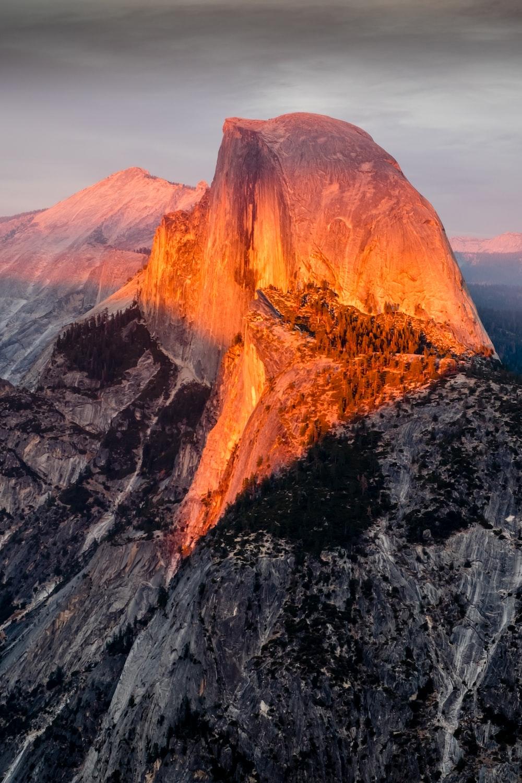 photo of sun light on mountain peak