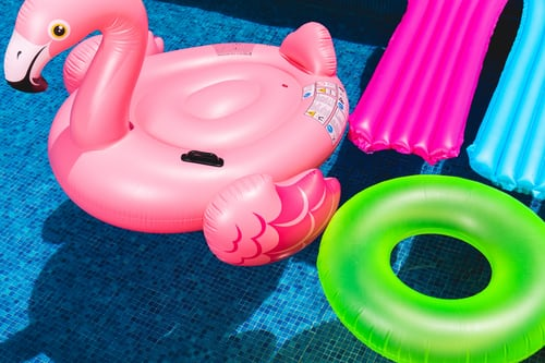 best place to buy pool floats