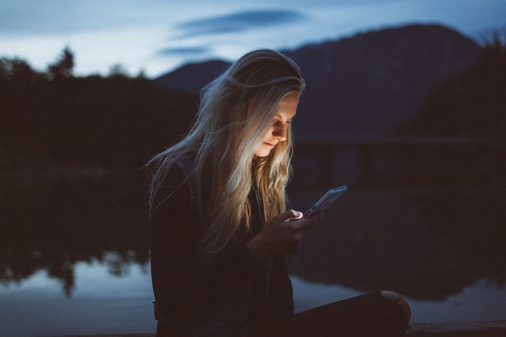 Istirahatlah sebentar dari media sosial jika mengalami 3 hal di atas (dok. Unsplash)