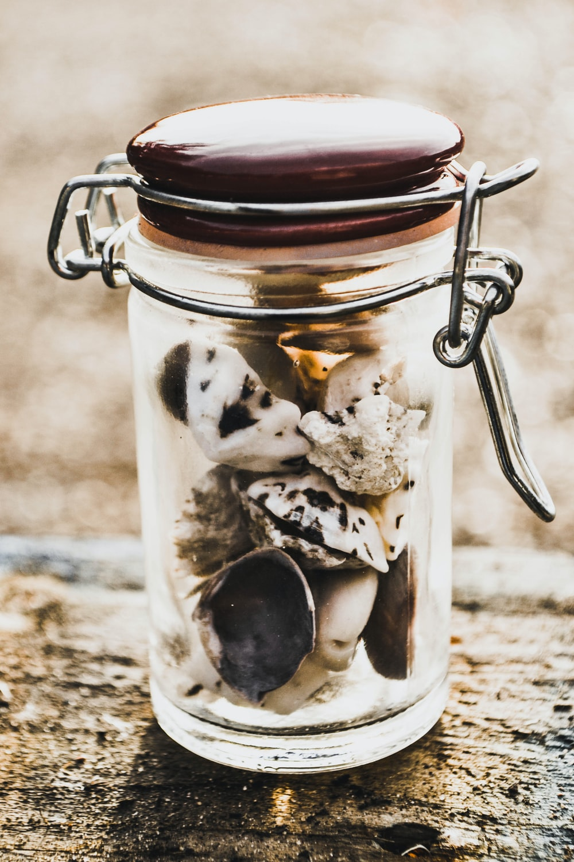closeup photo of clear air tight mason jar