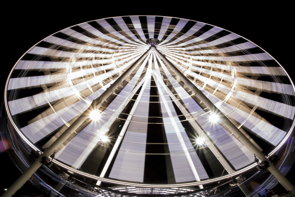 worms eye view photography of ferris wheel