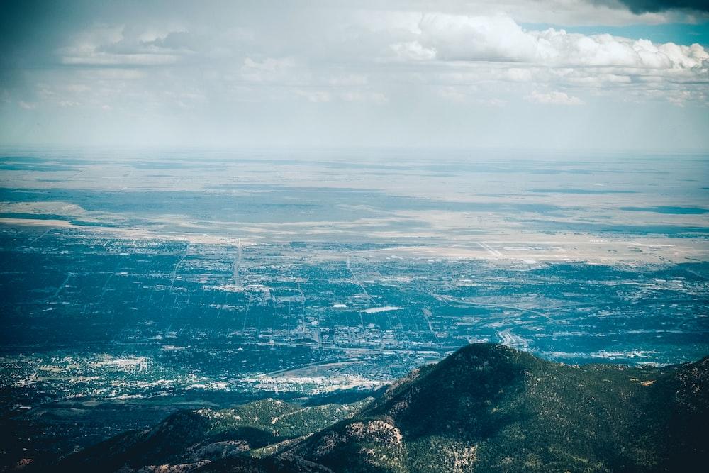 mountain under sky photography