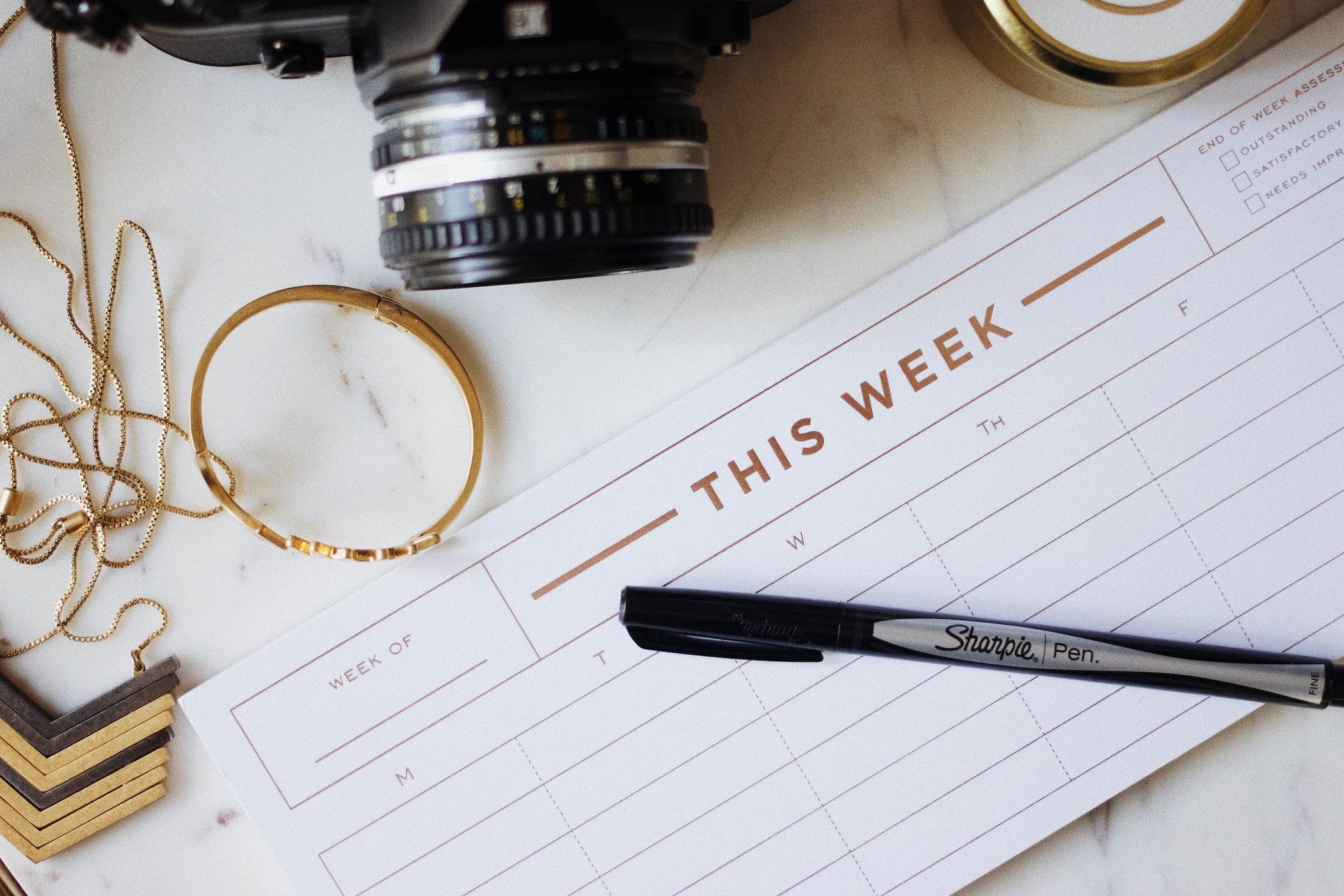 Weekly social media content plan