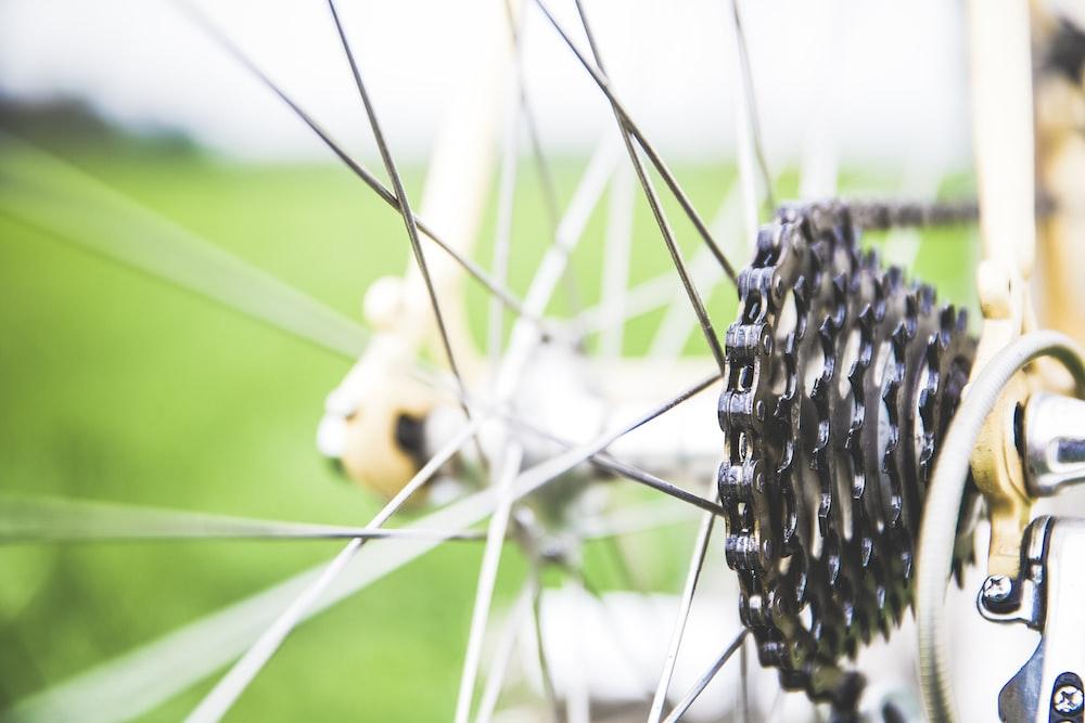 black bike sprocke