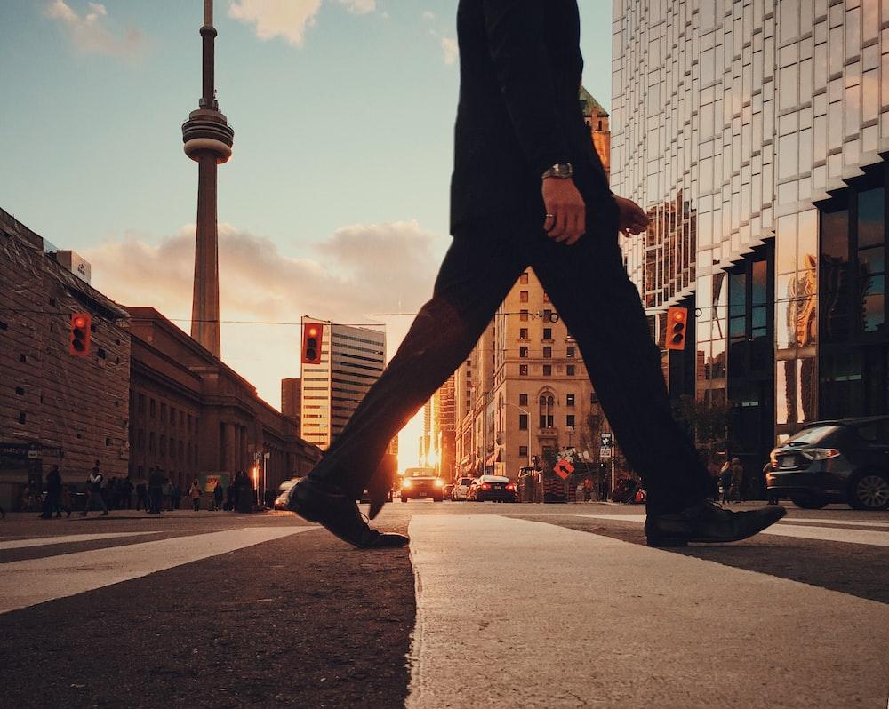 Người nhập cư vào Canada tiếp tục giảm trong tháng 5
