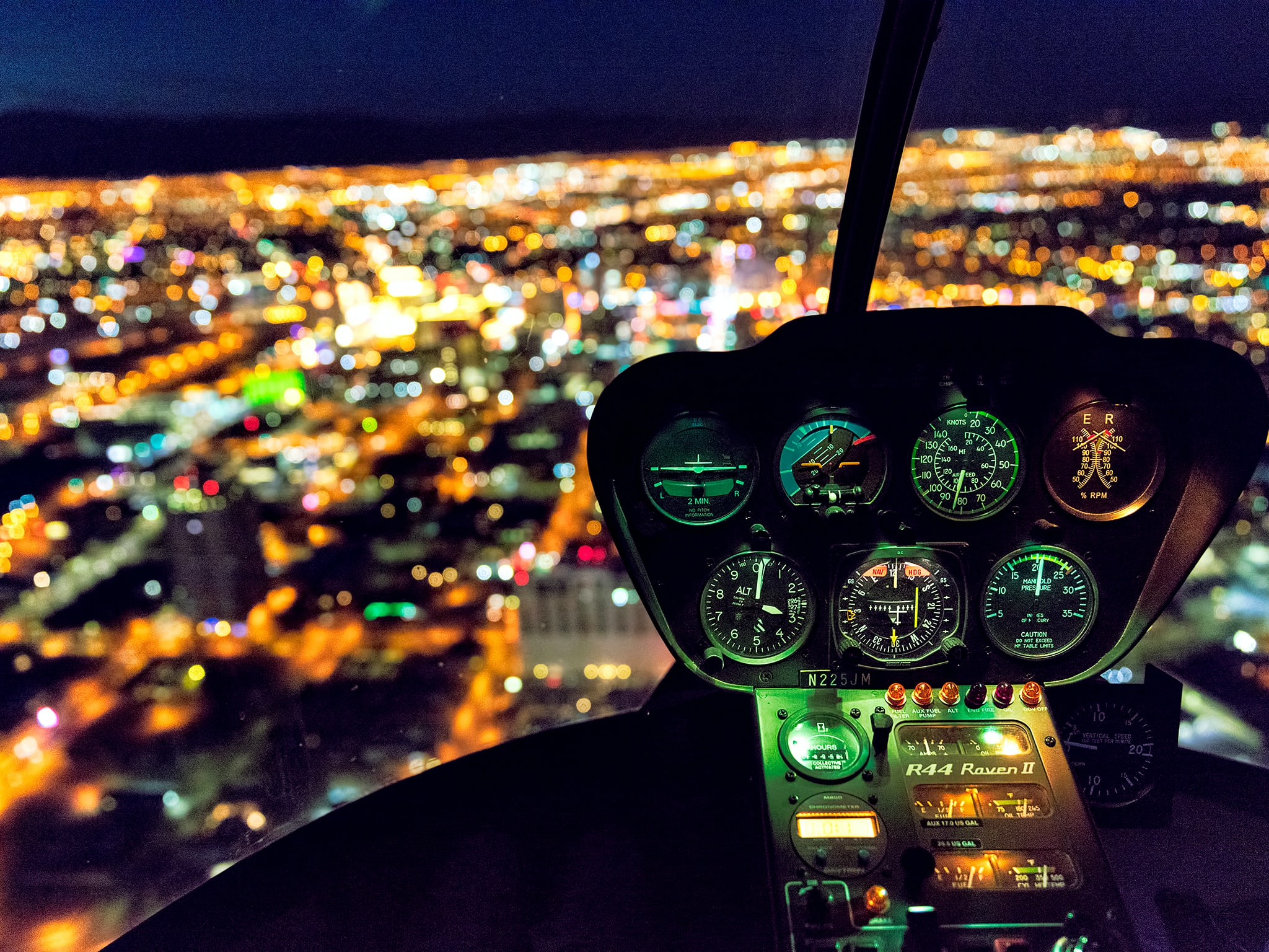 shallow focus photography of plane dashboard