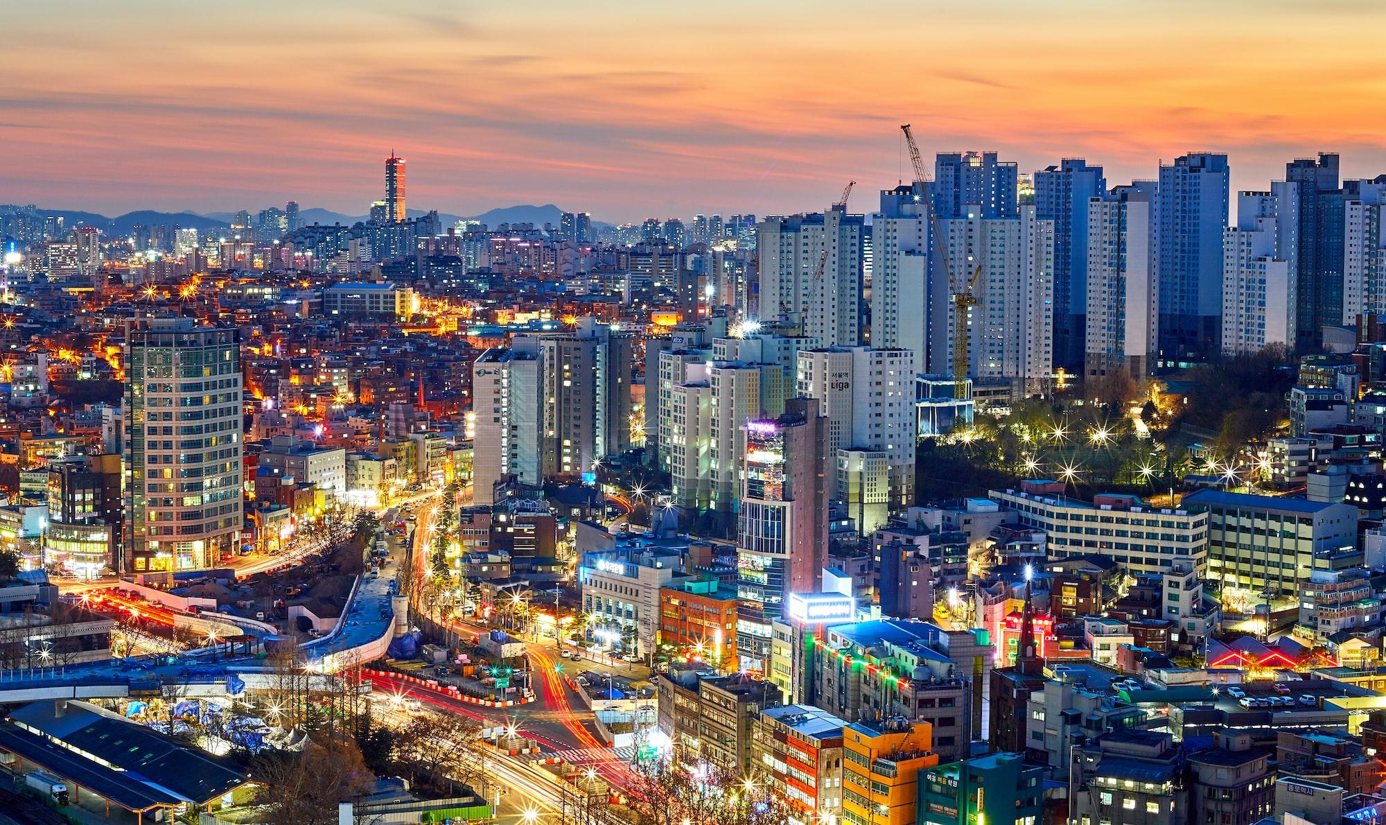 Cityscape in seoul south korea around sunset.