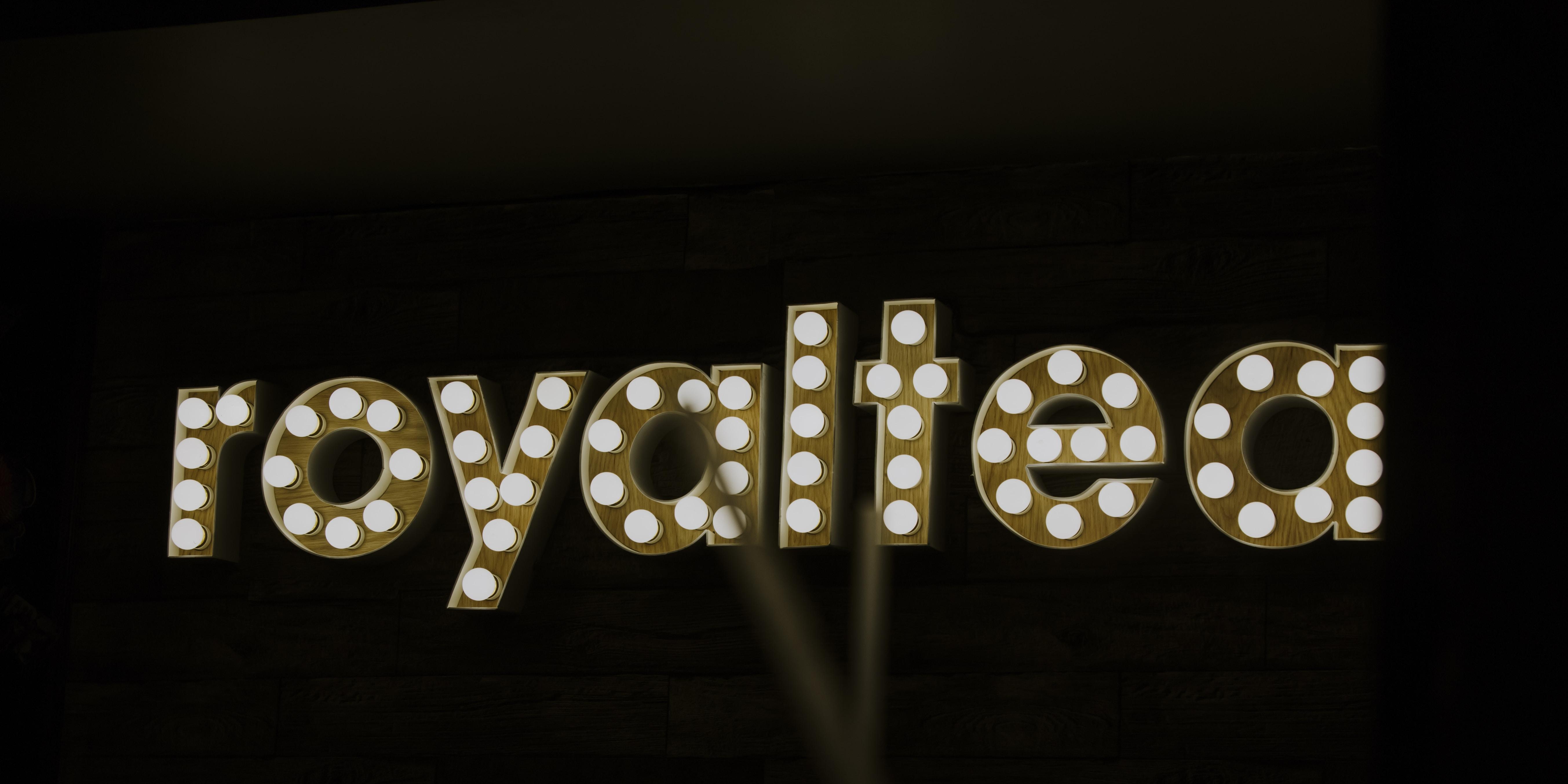 Royaltea LED signage