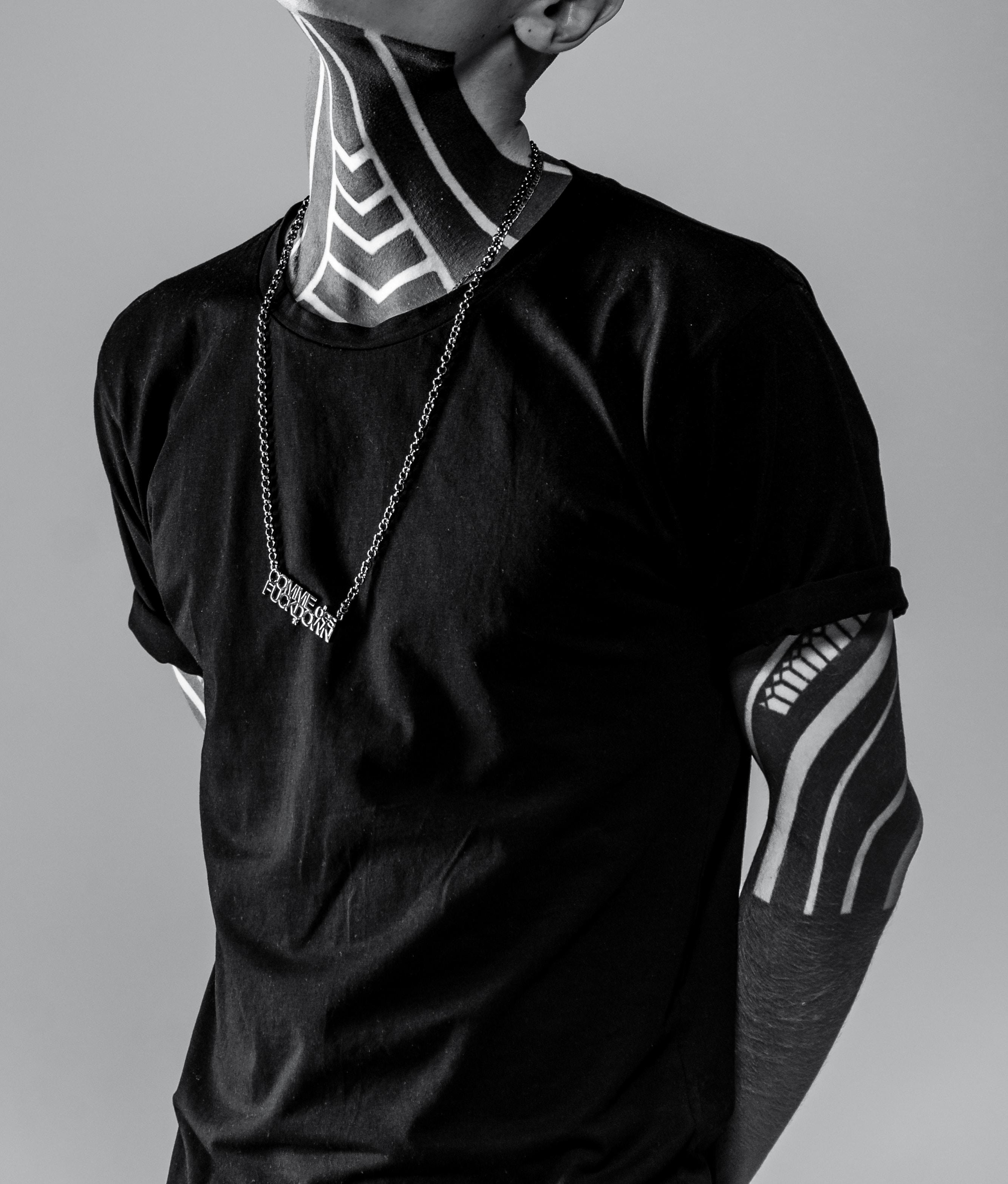 black crew-neck t-shirt