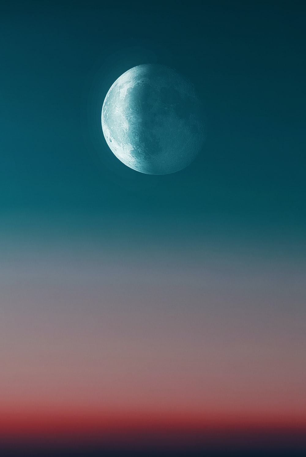 full moon during day