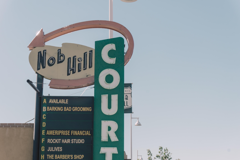 nob hill signage at daytime