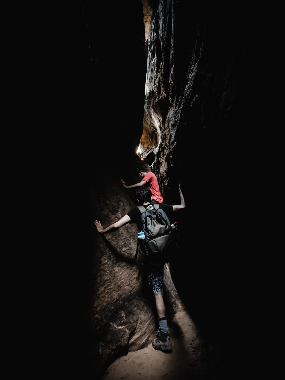 Know More About The Caving Jobs