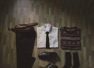 men's assorted-color suit