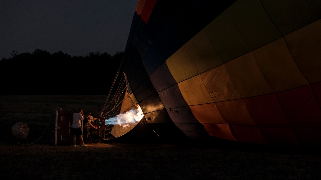 Inflating the balloon of my boyfriend first flight. Such an experience!